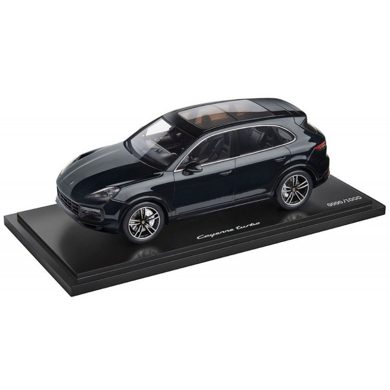 Модель автомобиля Porsche Cayenne Turbo, Moonlight Blue Metalllic, Limited Edition, Scale 1:18